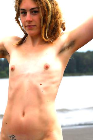 Girls with hairy, unshaven armpits I