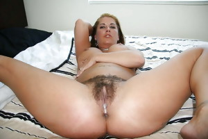I LOVE HAIRY PUSSY: TEENS & MILFS SHOW THEIR HAIRY CUNTS
