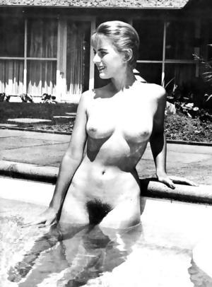 Vintage Nudist Chicks