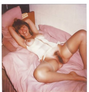 Polaroid Amateurs - Pre-Digital Wives and Girlfriends 5