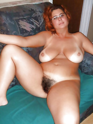 Russian Mature with hairy cunts! Amateur Mixed!