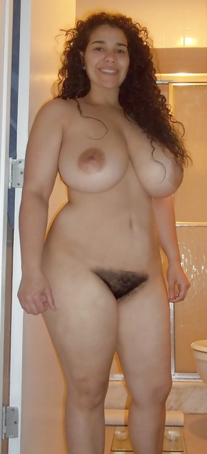 Wide Hips Big Titts Hairy Pussy