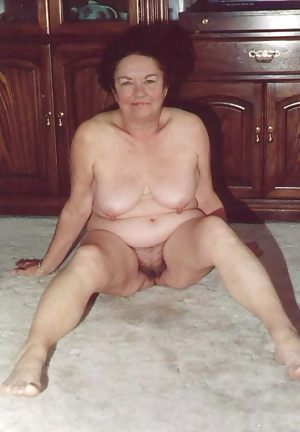 Hairy Moms And Grandmas 36