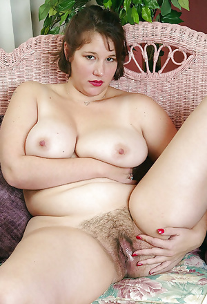 Collection of women with hairy pussy 39