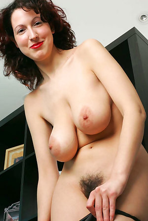 Hairy nude milf pics