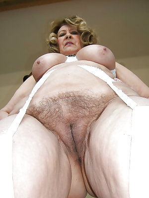 Hairy milf love to fuck